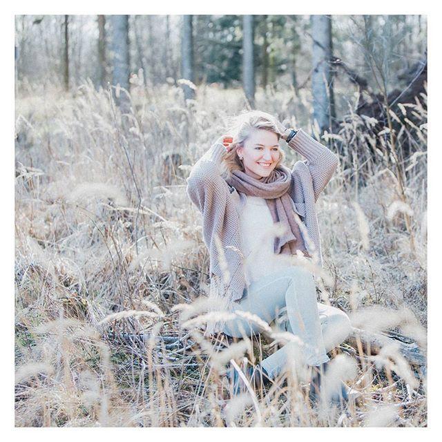 Nature wald  team fotos portrait girl beautiful photography meadow spring   Ich hoffe ihr hattet alle einen schönen Tag und könnt euren Abend genießen :)