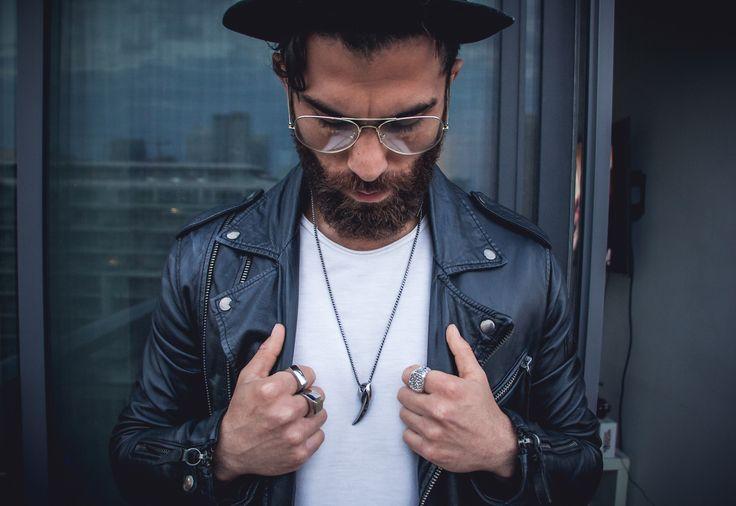 Reza Jackson wearing the FENRIR pendant and taking edgy to another level. #lit 🔥🔥Shot by Eric Moniz //#mensaccessories #mensgoods #streetstyle #streetstyleluxe #streetstyles #streetwear #streetwearfashion #urbanstyle #urban #mensjewelry #jewelryformen #pendant #mensfashion #menfashion #menfashionpost #streetfashion #streetfashionstyle #menswear #mensweardaily #mensstyle #mensstyleguide #menstyle #styleformen #accessoriesformen #giftsformen