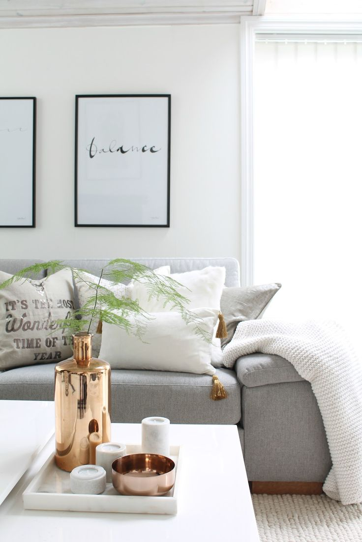 This neutral living room looks so cozy and relaxing for Neutral living room ideas