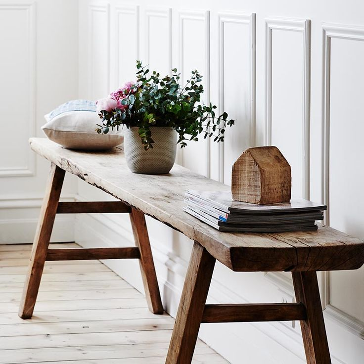In Store Decorating Consultations Bloom & Co offers one on one consults held in store with a qualified interior designer. We allow up to 1 hour for appointm