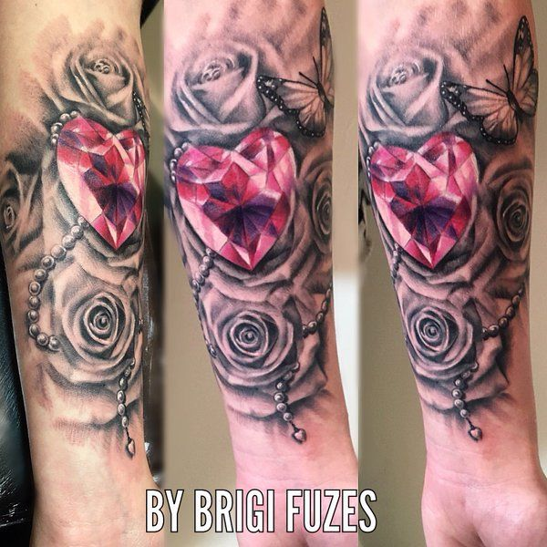 Best 25 diamond tattoos ideas on pinterest black for Diamond heart tattoo