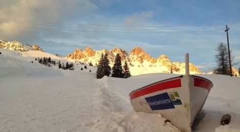 Le destinazioni sono le persone...l'articolo 50 o 51 bis di [S]manifesto #tramonto #relax #ricordi sulla #neve.. il Gozzo di #trentinriviera