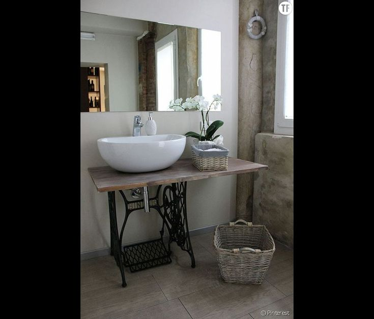 73 best images about salle de bain on pinterest bathroom for Salle a manger shabby chic