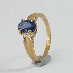 0.92CT.Cornflower Blue Earth Mined Sapphire in Solid 10K Yellow Gold Ring Size: N-7       RI384