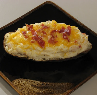 Twice Baked Potato with Pancetta and Caramelized Onions: Twice Baked Potatoes, Side Dishes, Twice Baking Potatoes, Caramel Onions, Bacon, Cooking, Favorite Recipes, Delicious Side, Potatoes Side