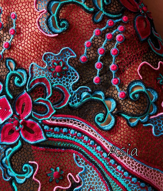 Beautiful freeform Irish crochet dress by Assia 2010