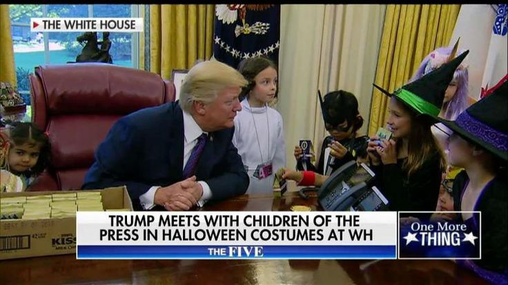 WATCH: Trump Welcomes Reporters' Kids to Trick-or-Treat in Oval Office, Jokes to Parents