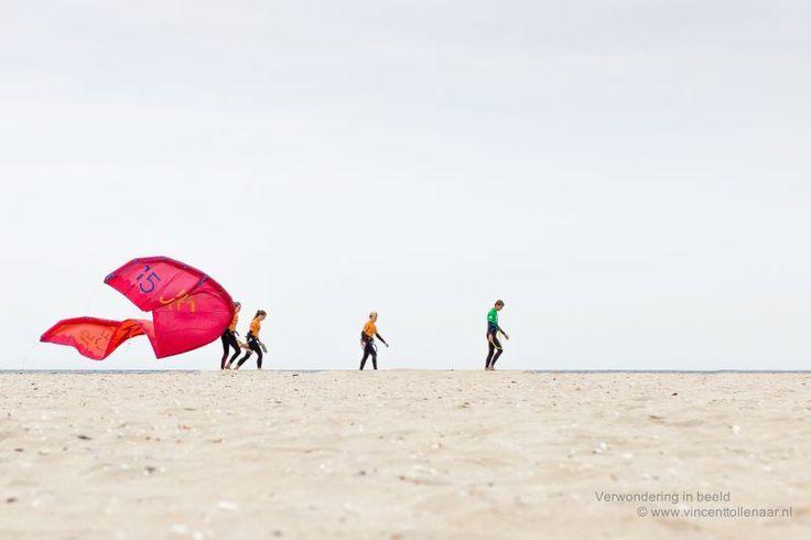 Walking whit my kite by Vincent Tollenaar