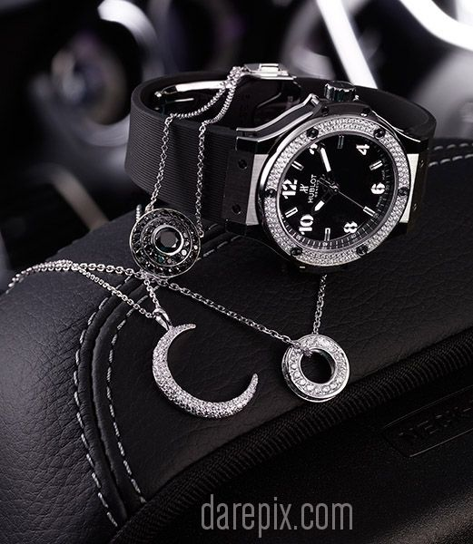Watches & Jewellery for Shine/Skitter Magazine 2013 - Malcolm Dare Photography http://darepix.com/gallery/shineskitter-2013-car-stills/