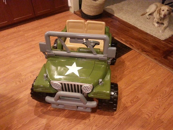 Power Wheels Makeover: Turned it into my boys Army jeep with spray paint!