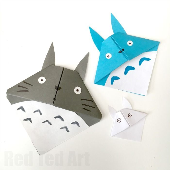 Adorable Totoro Corner bookmarks. Easy and fun to make.