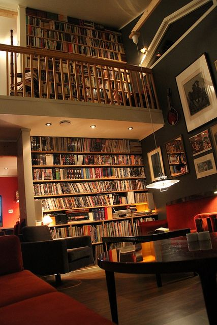 Home book wall somewhere in Germany. Check out the rest of this impressive Flikr album (in German language).