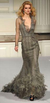 Oscar de la Renta - Women Stuff from 1€ - Auctions - 5 Free Bid's