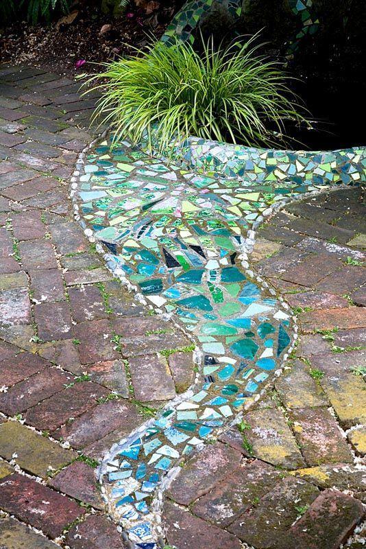 Holen Sie sich inspiriert zu DIY Ihre eigenen Garten Mosaiken
