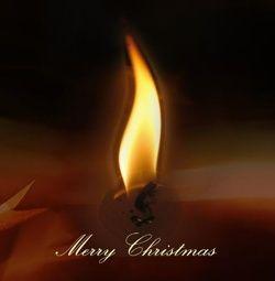 Kerstkaart klassiek: Warme kerstkaart met kaarslicht. Klassieke kerstkaarten online maken en versturen. Kies een mooie klassieke kerstkaart, schrijf de tekst, en met een druk op de knop, worden alle kerstkaarten voor u gedrukt en via PostNL verstuurd! http://www.kerstkaartensturen.nl/kerstkaarten/kerst-klassiek/