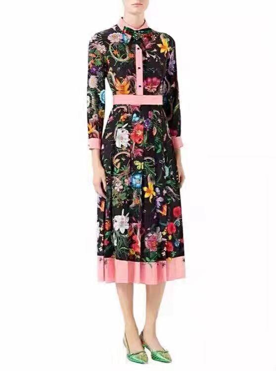 Gucci длинное платье с ярким рисунком!