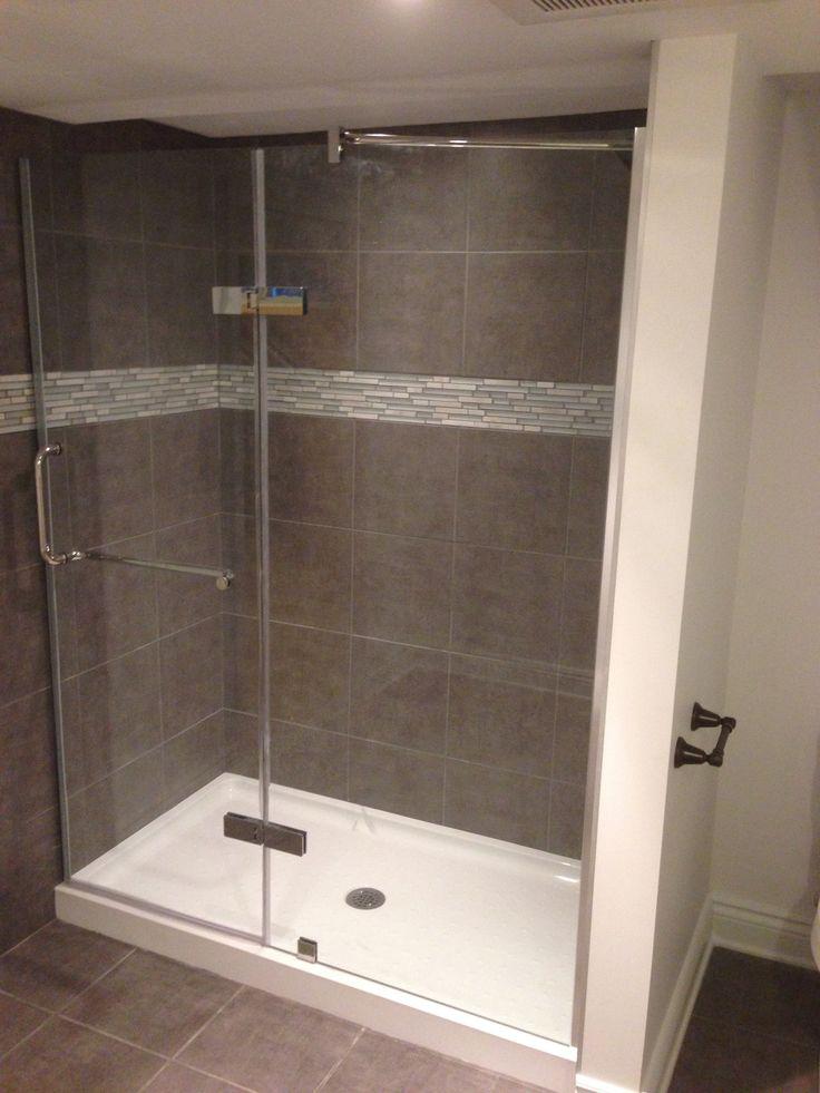 Salle de bain complète : plancher, douche // Bathroom remodeling : flooring and shower