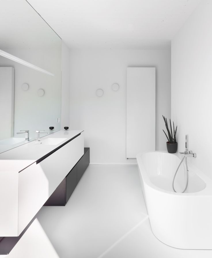 25 beste idee n over moderne badkamers op pinterest modern badkamerontwerp en moderne badkamer - Mooie moderne badkamer ...