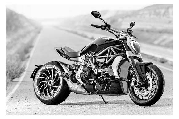 A Ducati iniciou a pré-venda da XDiavel com preços que variam de R$ 74.900 a R$ 85.900 para a versão S.  O modelo é equipado com motor de dois cilindros e 1.262 cc, com 156 cv de potência e torque de 13,35 kgmf. O câmbio é seis marchas.
