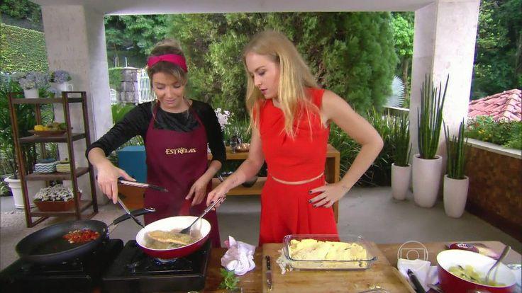 Luiza Possi ensina peixe empanado sem glúten http://gshow.globo.com/programas/estrelas/videos/t/programas/v/luiza-possi-ensina-peixe-empanado-sem-gluten/3967039/
