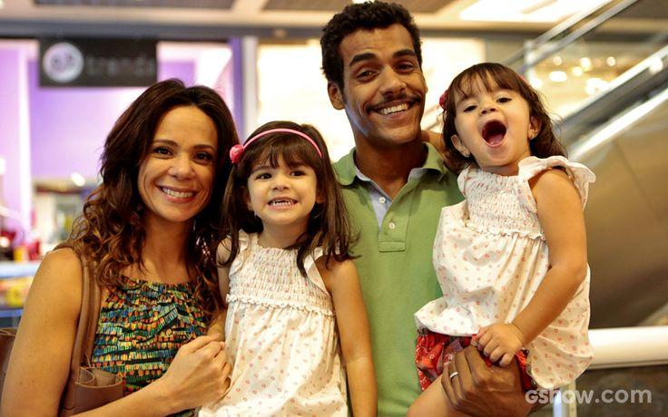 Vanessa Gerbelli, Bruna Faria, Marcello Melo Jr. e Maria Eduarda posaram e se divertiram no intervalo das gravações
