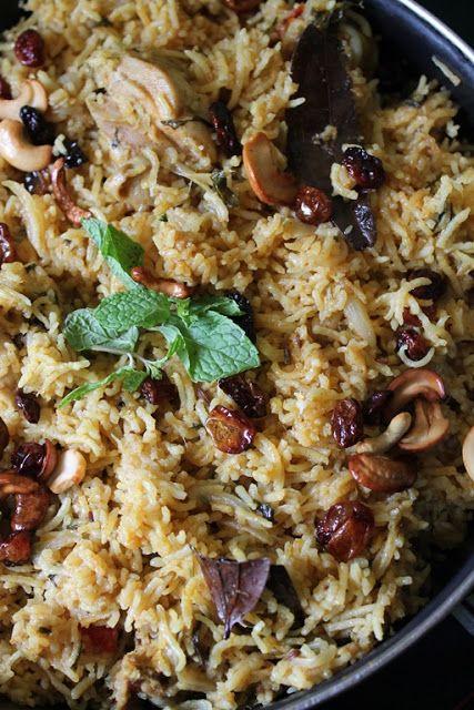 Pressure Cooker Chicken Biryani / One Pot Biryani - Ramzan Special Recipes