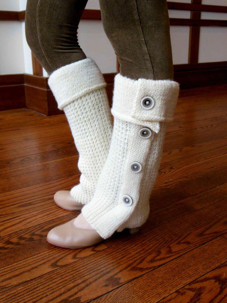 two dozen more legwarmers to knit - free patterns knitting Pinterest Fr...