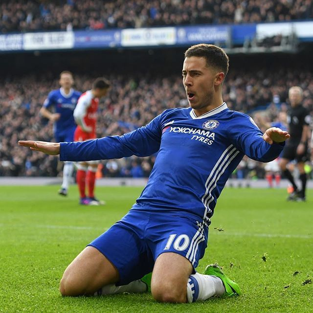 @chelseafc: LONDON IS BLUE! It ends Chelsea 3-1 Arsenal! Alonso Hazard and Fabregas on the