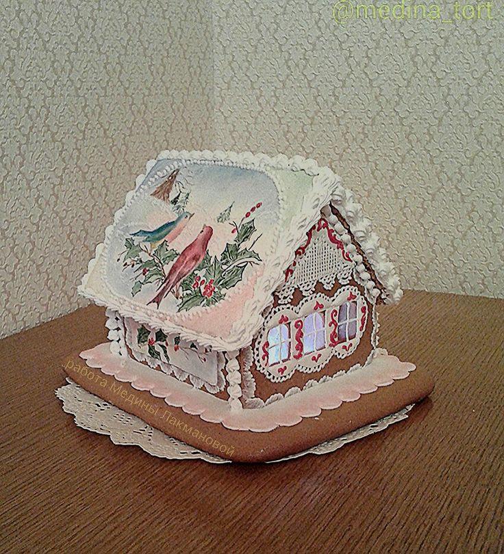 Имбирный пряничный домик; dekor-tort.livemaster.ru