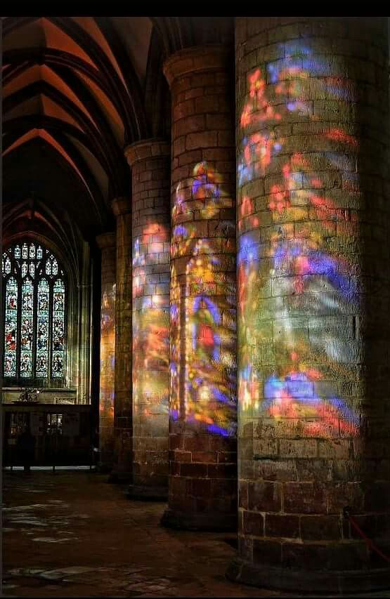 Light Through Stained Glass Windows Gloucester Cathedral