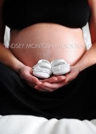 maternity: Maternity Poses, Photography Maternity, Maternity Pictures, Baby Booty, Maternity Pics, Maternity Photography, Maternity Photos Shoots, Baby Maternity, Baby Shoes