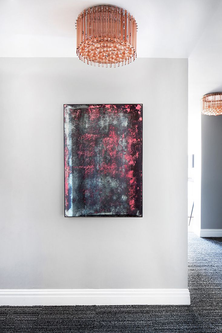 7 SUMMER DESIGN TRENDS FROM A FUN NYC OFFICE INSPIRED BY THE FLATIRON DISTRICT | Design Trends | Summer Design| Brabbu | #colortrends #Pantone #interiordesign #designtrends #luxuryfurniture #decoration #homedecor #interiordesigninspiration #interiordesigntips #decoratingideas #livingroomideas #diningroomideas #tendancedeco #decorationinterieur #architectureinterieur #wohndesign #wohnideen #luxusmobel #интерьер #дизайн #дизайнинтерьера #designdeinteriores #interiorismo #decoracion…