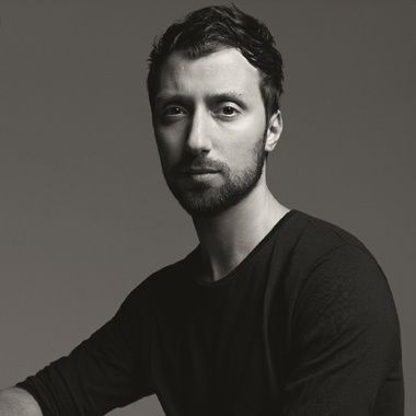 Anthony Vaccarello http://www.vogue.fr/thevoguelist/anthony-vaccarello/296