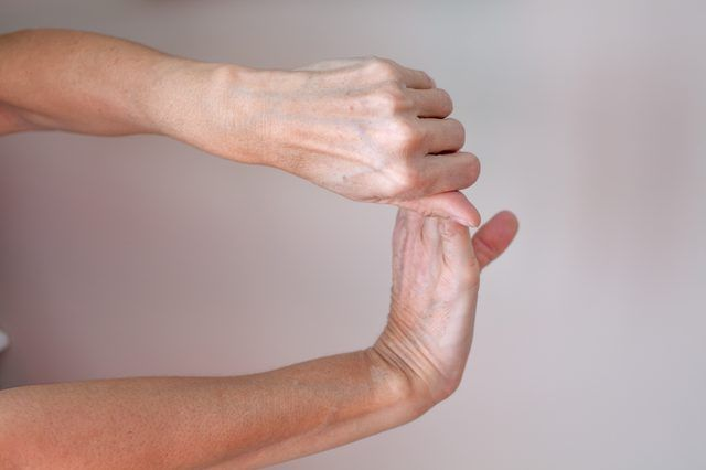 Torn Ligament or a Tennis Elbow?Stretch your wrist to its full range