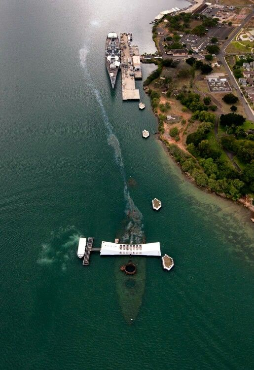 Pearl Harbor Arizona Memorial and the Mighty Mo
