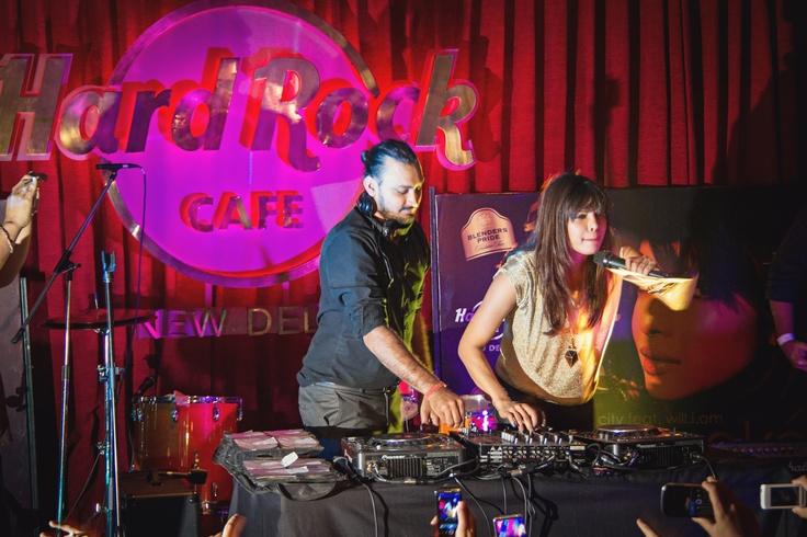 Priyanka Chopra behind the console for her album launch of 'In My City'  [Hard Rock Café New Delhi]