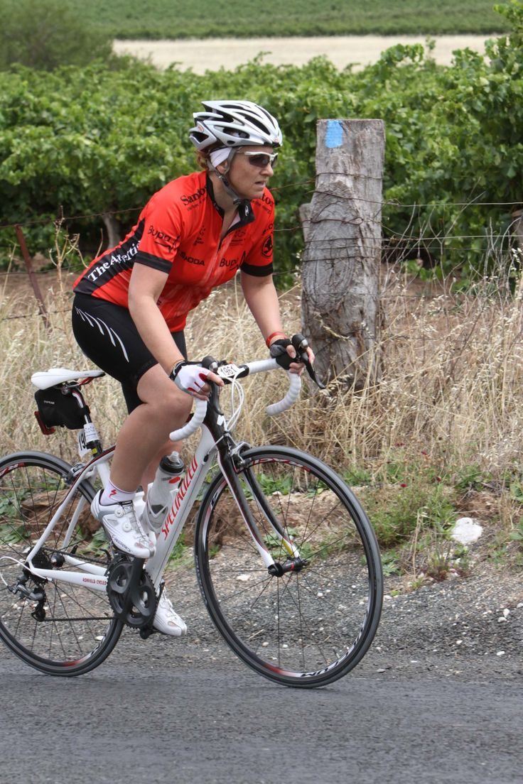 Balanced fitness and cycling signal mountain - Road Bike Tips For Women How To Climb Hills