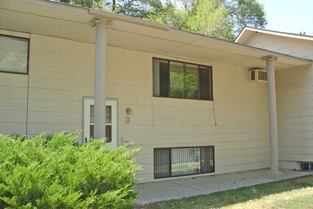 2 Bedroom Apartment Billings Mt Rentals 2561 2 Section 8 Ok Centrally Located 2 Bedrooms 1 Bathr Apartments For Rent Apartment Apartment Washer And Dryer