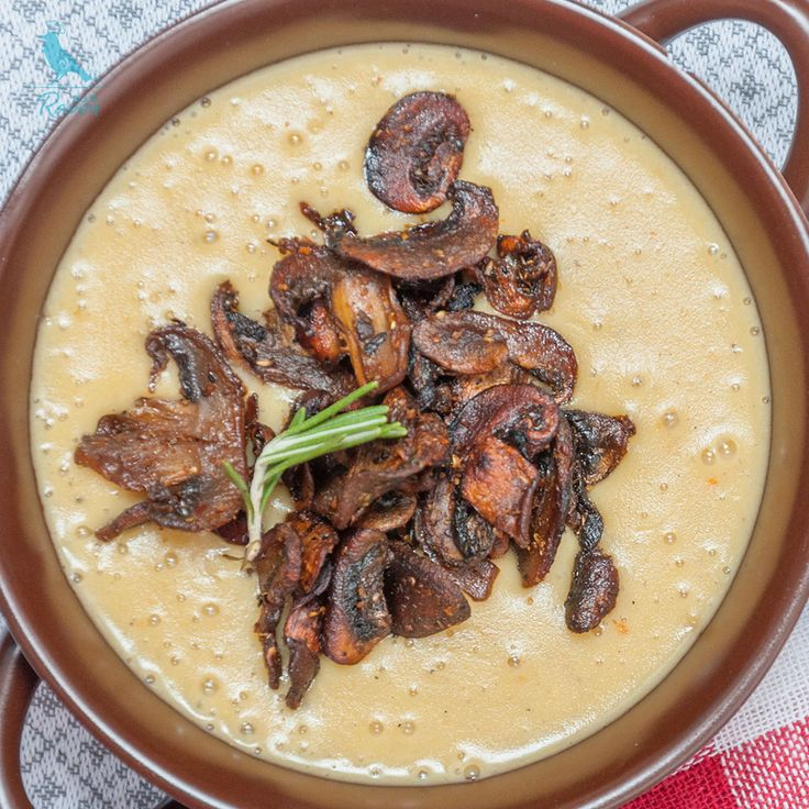 Creamy onion and potato soup with mushroom bacon #vegan #gluten-free #vege-bacon