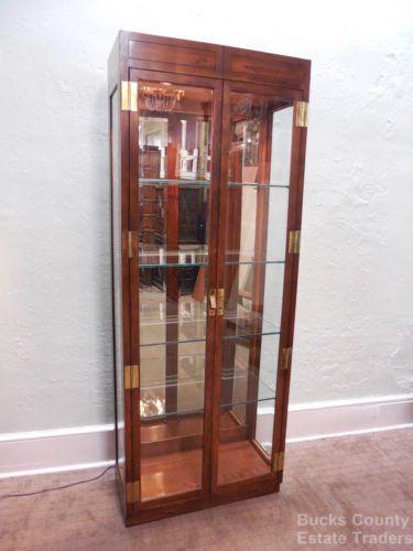 henredon lighted cabinet 3