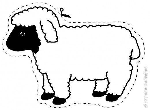 На эту овечку мы наклеили пенопластовые шарики. фото 3