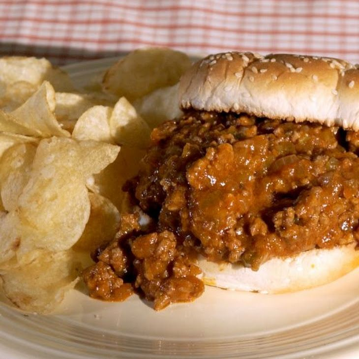Sloppy Joes Martha Stewart Soft Buns Work Best With These Classic Kid Friendly Sandwiches Serve Them With Pickles Or Potato Chips The Beef Mixture Can