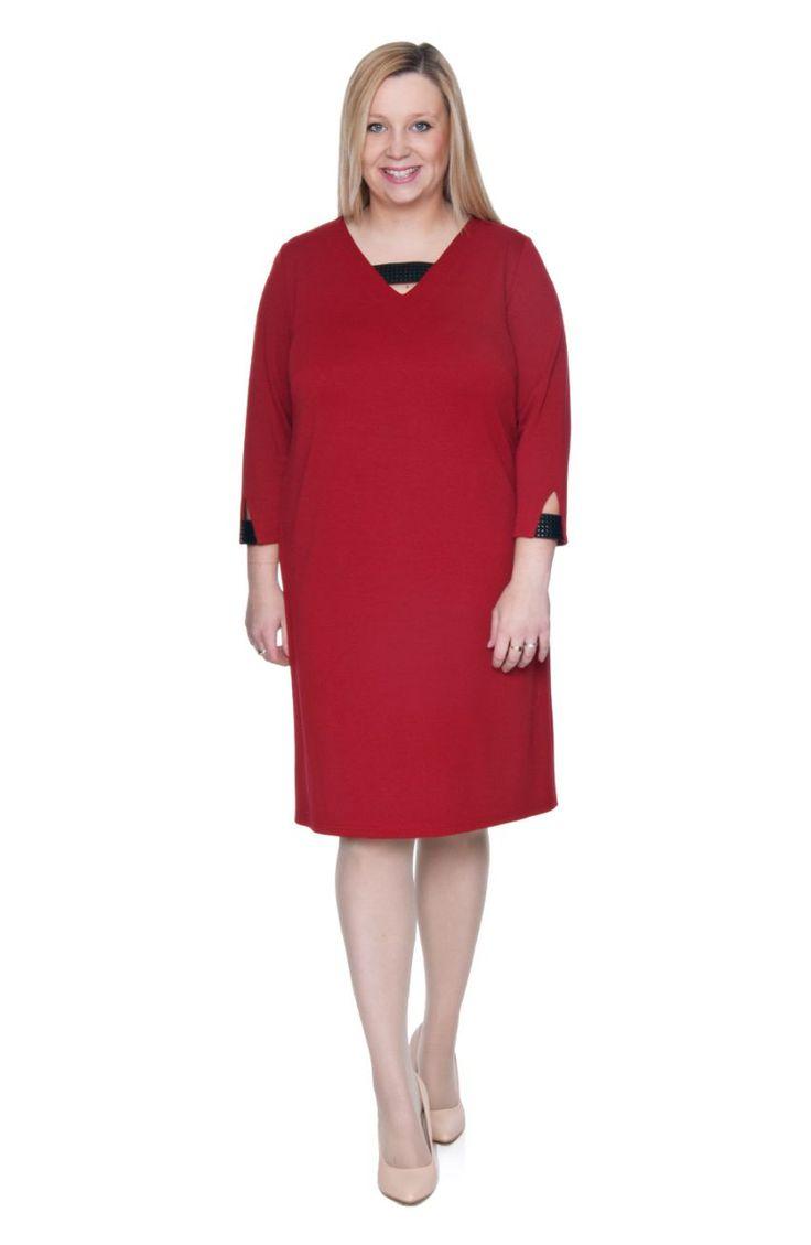 Czerwona sukienka ozdobne wstawki - Modne Duże Rozmiary