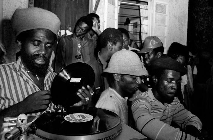 Youth Man Promotion Sound System Session, With selector Jah Stich, Robert Avenue, Kingston Jamaica, 1886. Photo © Wayne Tippetts. #JamaicaDancehall