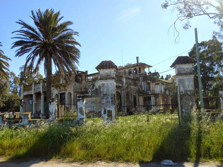 CAMINANDO LA PAMPA: El castillo de Villa Arias, Buenos Aires, Argentina