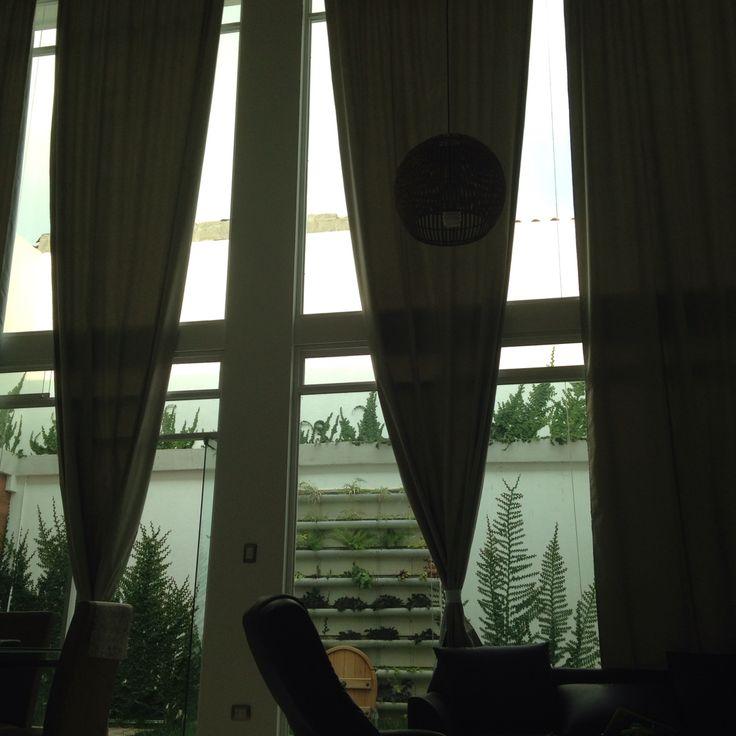 Las 25 mejores ideas sobre cortinas largas en pinterest - Cortinas para ventanales grandes ...