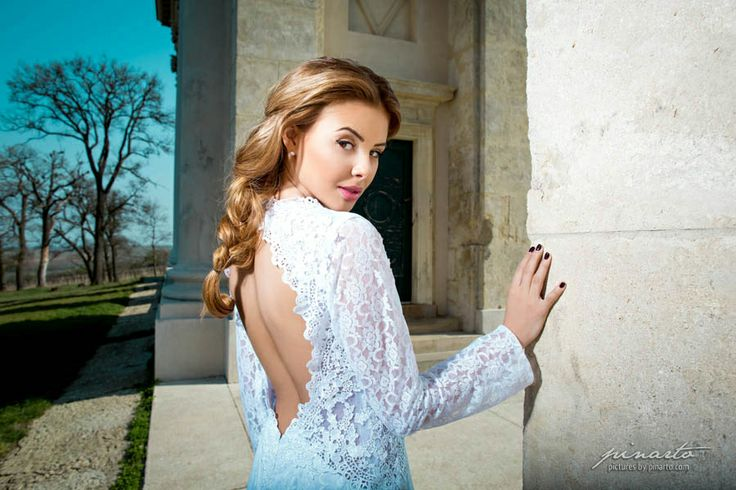 http://www.pinarto.com/en/Portfolio#photo/Wedding-Boutique-Marry-Me
