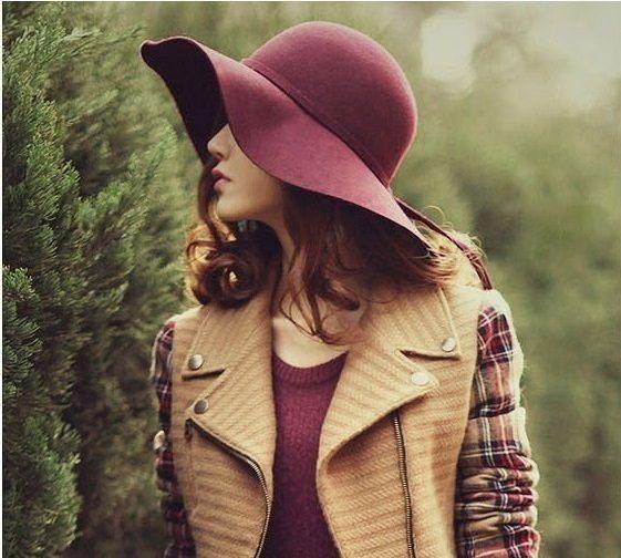 Queridinhos das fashionistas, os chapéus são usados principalmente para proteger…