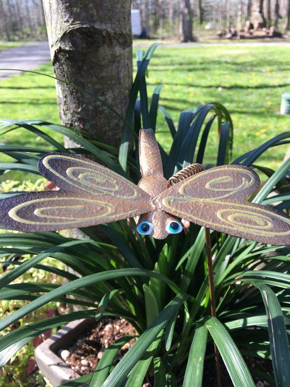 Metal Garden Art Dragonfly, Garden Stakes,Lawn Decor,Outdoor Garden Stake, Garden