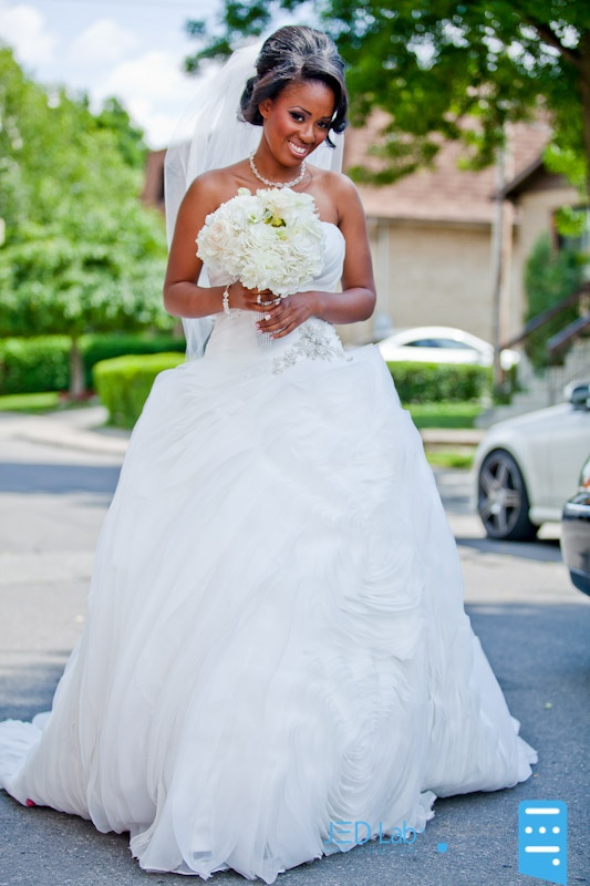 Danielle by Lis Simon on a real bride http://www.christiannebrunelle.com/English/Lis-Simon-wedding-dresses/